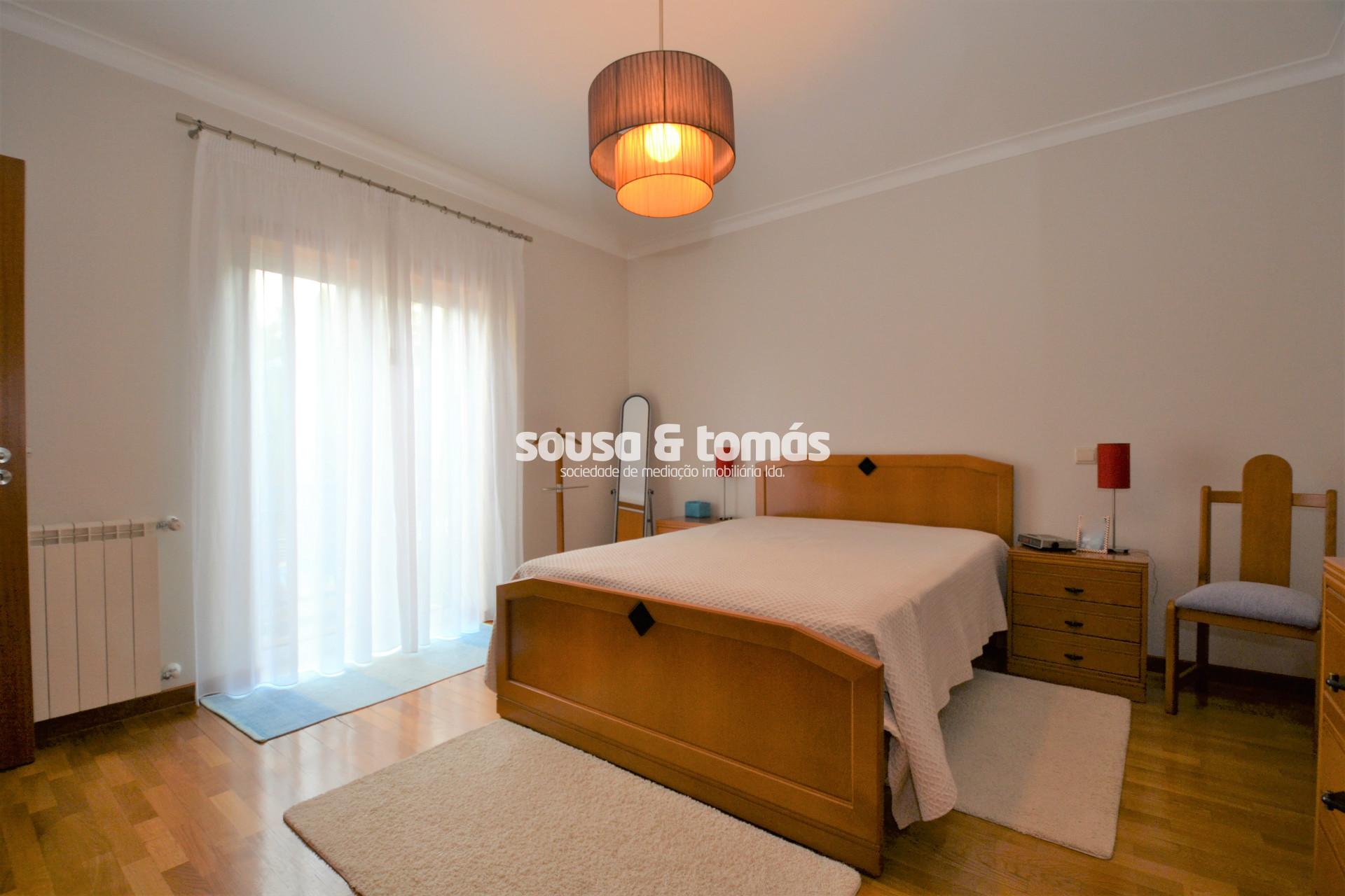 Sousa & Tomás - Sociedade de Mediação Imobiliária, Lda